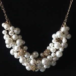 Jewelry - cluster of white beads necklace